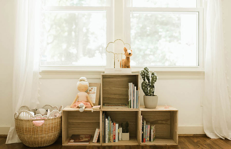 balancing business with a baby, Photo: Lifestyle PR Client Love, ShelbyRae Photographs featured on Bumps and Bottles, Something New for Pink and Blue